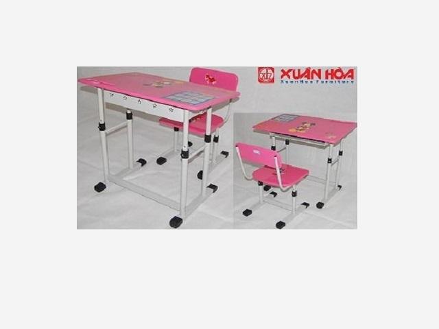 Bàn ghế học sinh tiểu học BHS13-05 màu hồng