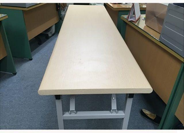 Bàn sắt văn phòng mặt gỗ MT66