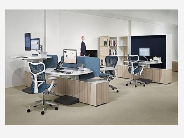 Ghế xoay lưới văn phòng chân nhựa MT-1602
